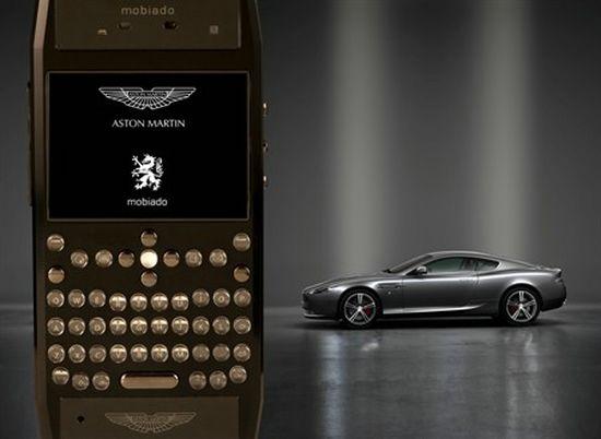 Mobiado_Grand-350-Aston-Martin
