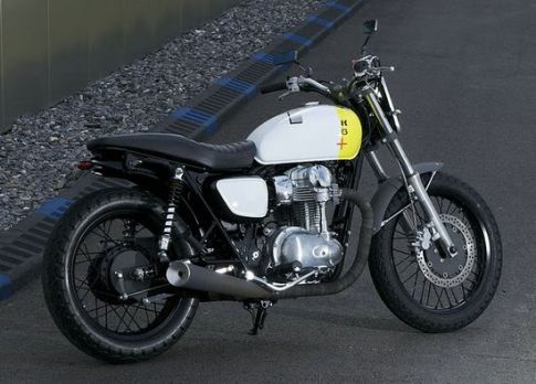 Kawasaki-W800-Starck-1