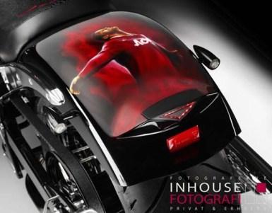 Wayne-Rooney-Motorcycle3