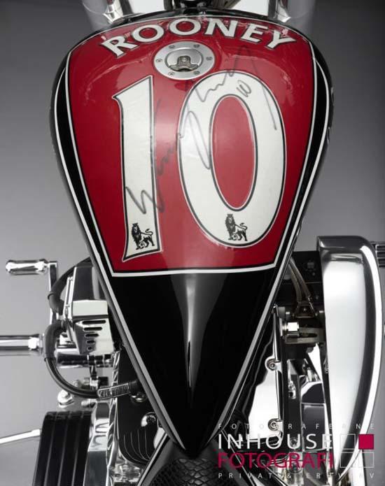 Wayne-Rooney-Motorcycle4