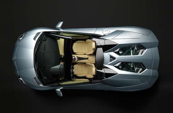 Lamborghini-Aventador-Roadster-05