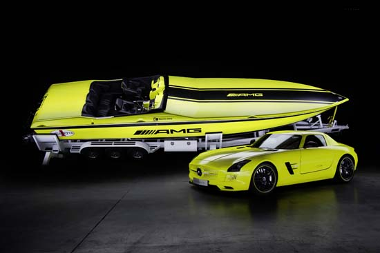 Mercedes-Benz Cigarette Boat AMG Electric Drive 2013
