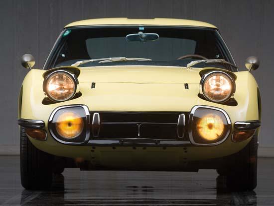 1967-Toyota-2000GT-01