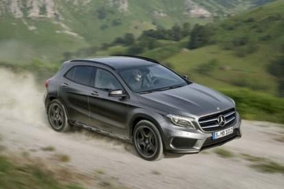 2015-Mercedes-Benz-GLA-2