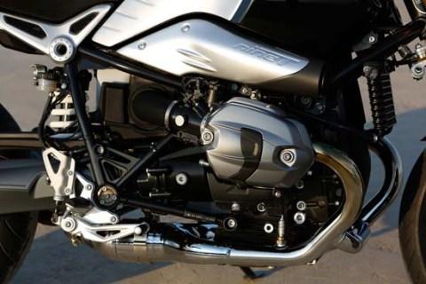 BMW-Motorrad-R-nineT-06
