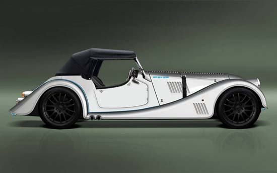 Morgan-Plus-8-Speedster-02