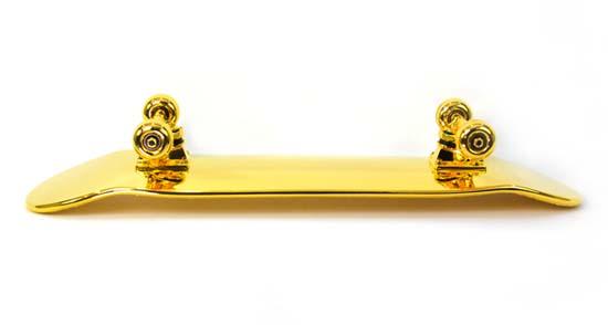 gold-plated-skateboard-shut-nyc-4