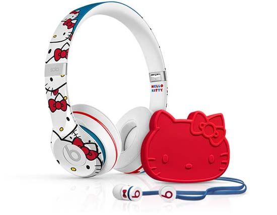 beats-hello-kitty-01