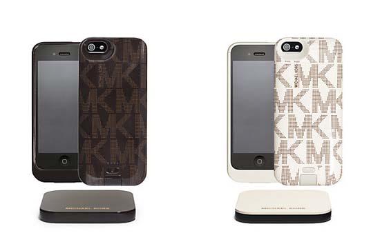 Michael Kors Duracell Powermat Kit Logo Print for iPhone 5/5s $140.00