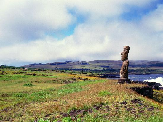 9.Easter Island, Chile