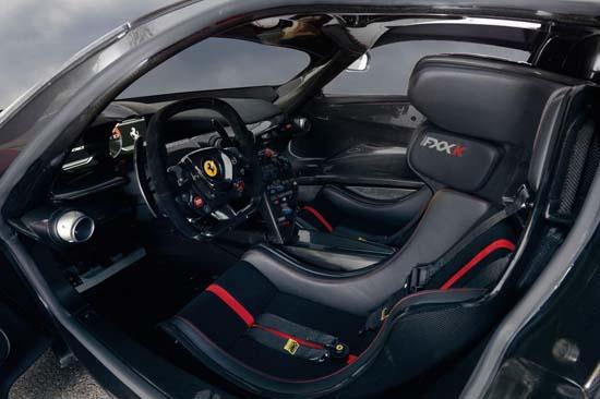 Ferrari_LaFerrari_FXXK_03