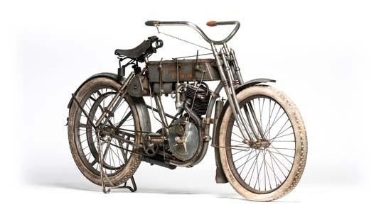 1907-harley-davidson-strap-tank-01