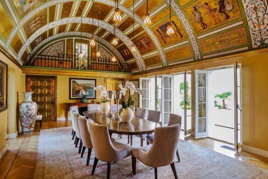 tony-montanas-scarface-mansion-for-sale-35-million-04