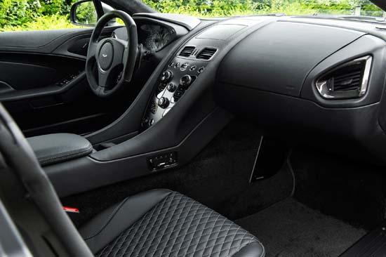 Aston-Martin-Vanquish-One-of-Seven03