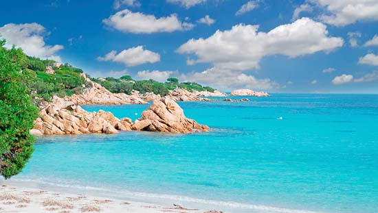 Best-beaches-in-Sardinia-Italy-Spiaggia-Capriccioli