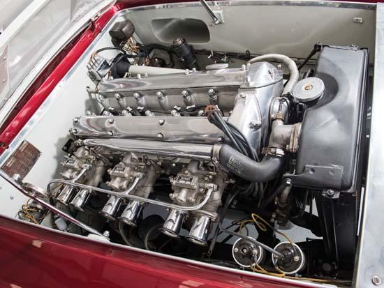 1952-Jaguar-XK120-Supersonic-by-Ghia-engine