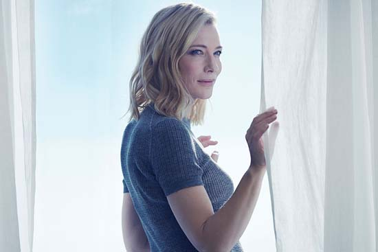 Cate Blanchett Looks Radiant For Giorgio Armani Fragrance Si