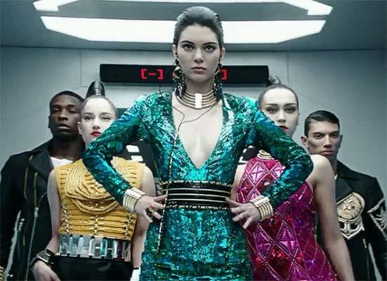 Kendall-Jenner-Balmain-H&M
