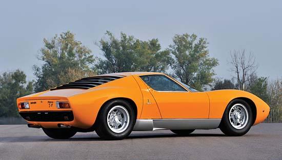 1972-Lamborghini-Miura-P400-SV-back