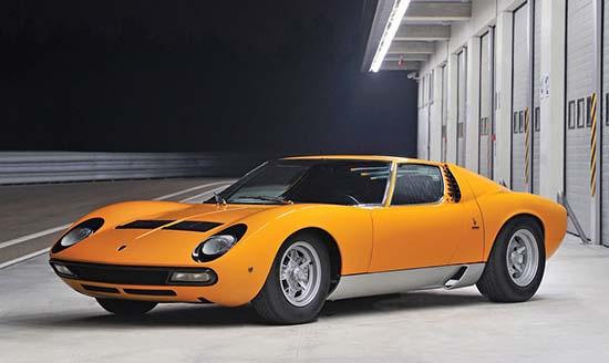 1972-Lamborghini-Miura-P400-SV-front
