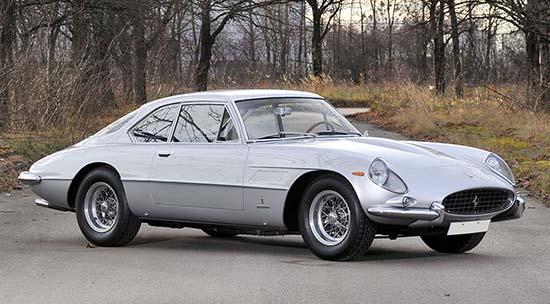 1962-Ferrari-400-Superamerica-front