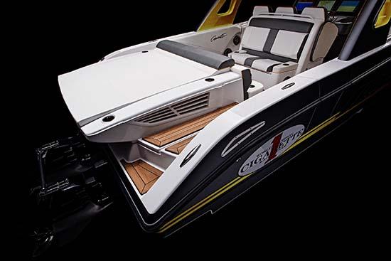 2016-Mercedes-AMG-GT3-Cigarette-Racing-Boat2