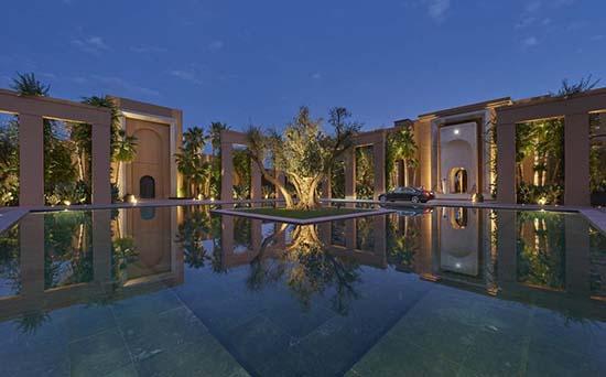 Mandarin-Oriental-Marrakech-entrance