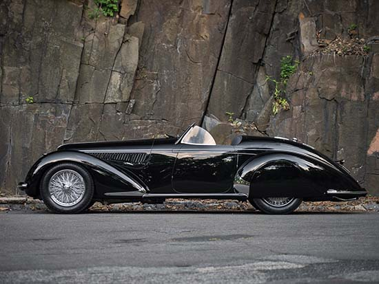1939 Alfa Romeo 8C 2900B Lungo Touring Spider side view