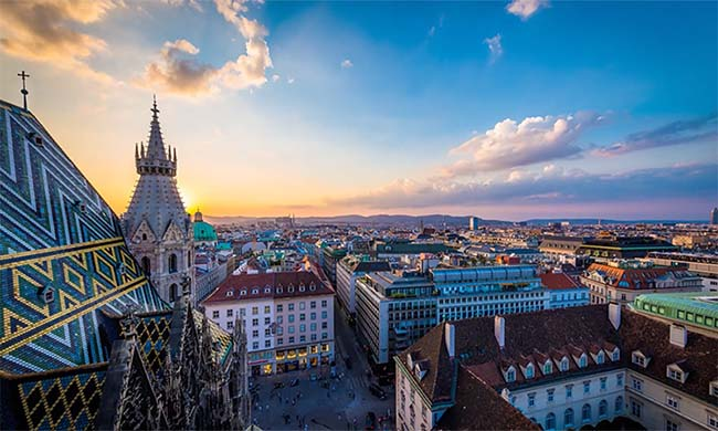A Mind-Boggling Timelapse of Vienna