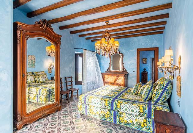 Dolce & Gabbana Stromboli villa bedroom