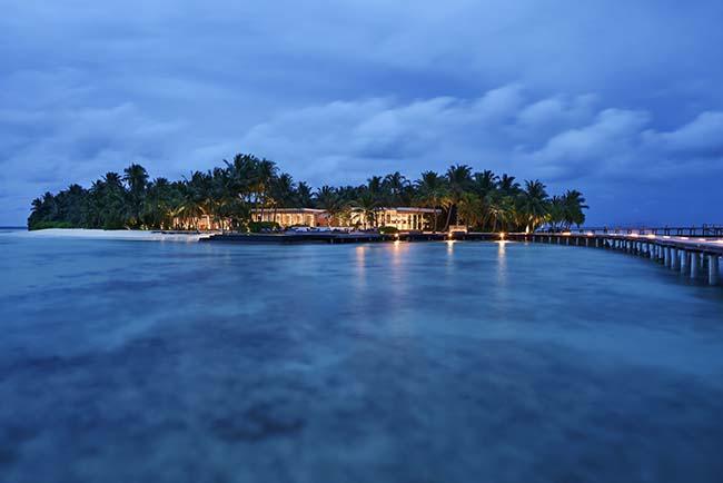 Raffles Maldives Meradhoo resort