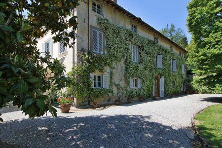Villa Imperatore | Luxury Villa in the Lucca Hills