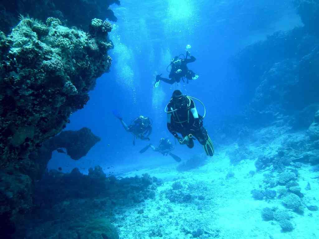 5 Adventures in Tuscany You MUST Have on Your Next Vacation Scuba diving in Tuscany