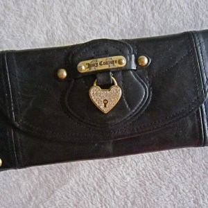 Juicy Couture Heart Charm Long Wallet