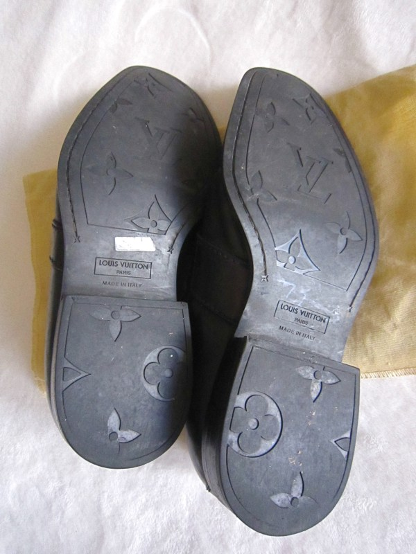 ae2f71f8ac2a0 Louis Vuitton Mens Black Loafer Buckle Dress Shoes - Luxurylana Boutique