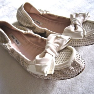 Miu Miu Ivory Leather Ballet Bow Flats