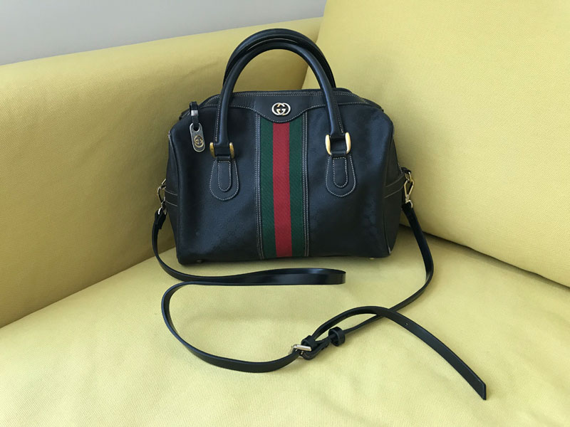 1f99a4401fc Vintage Gucci Black Signature Boston Bag - Luxurylana Boutique
