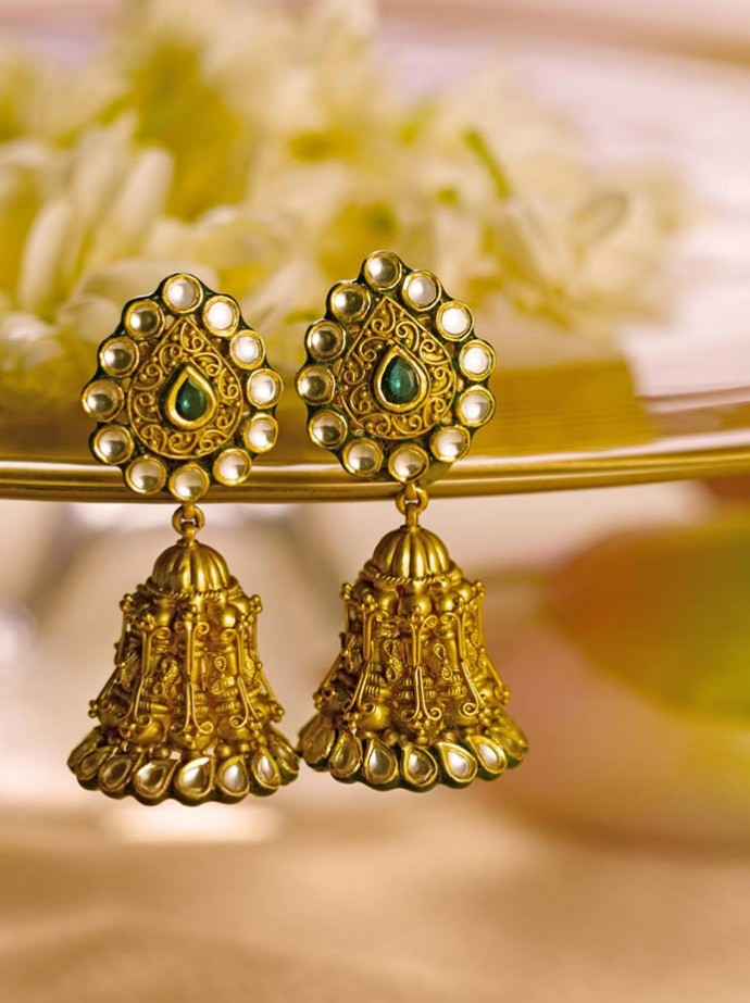 Tanishq Unveils The New Wedding Collection 2013