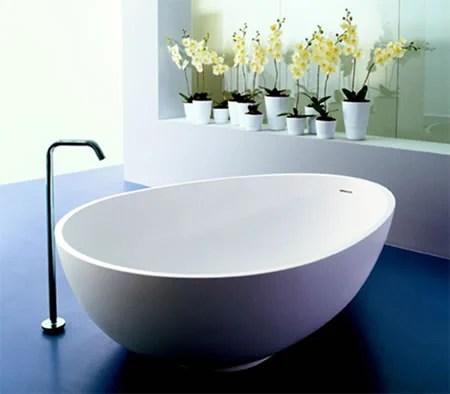 Mastella Vov Italian Egg Shaped Bathtub Design
