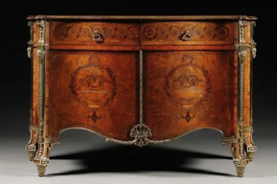 Harrington Commode becomes the most expensive piece of