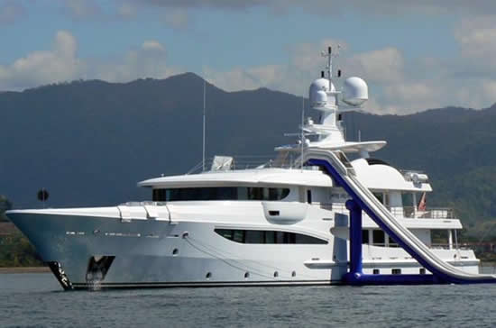 Inflatable Water Slide Brings The Water Park To The Yacht