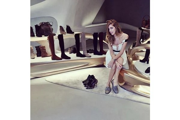 Stuart Weitzmans boutiques get branded with Zaha Hadids