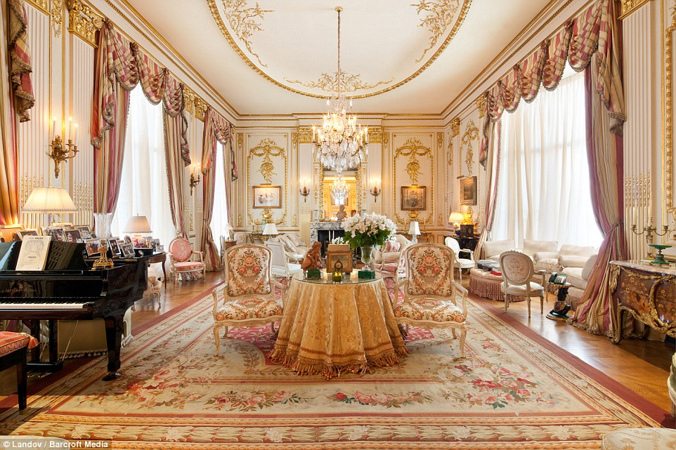 Inside Joan Rivers Upper East Side Penthouse a gold plated renaissance palace