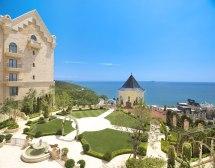 Luxurious Throwback Hogwarts Castle Hotel