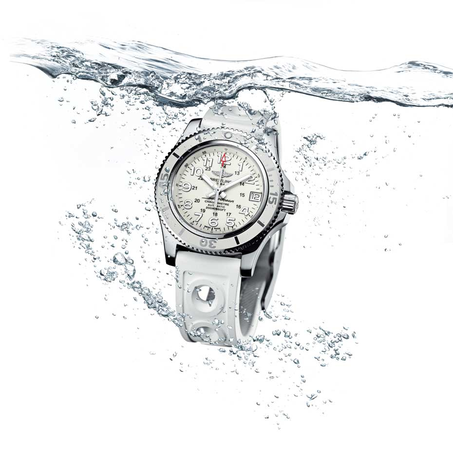 Breitling highlights ladies' collection for women on the go!