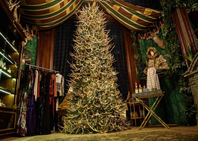 St Regis New York welcomes Christmas with a popup
