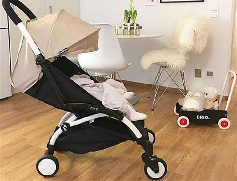 Babyzen's Yoyo travel stroller is your baby's new must-nave accessory