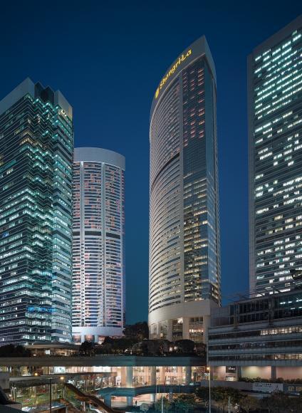 Review : Island Shangri-La, Hong Kong