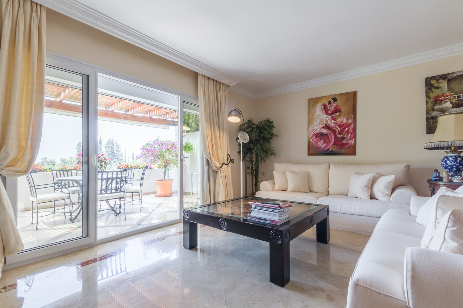 Excellent Three Bedrooms Southwest Apartment In Monte
