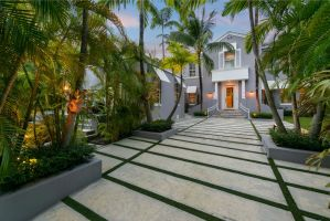 Today's featured listing is located in the Luxury Neighborhood of Belle Meade Island.